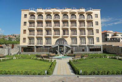 هتل ناره ایروان