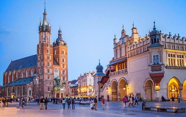 راهنمای سفر به لهستان | Travel Guide To Poland