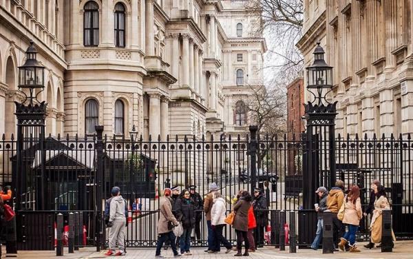 داونینگ استریت   Downing Street