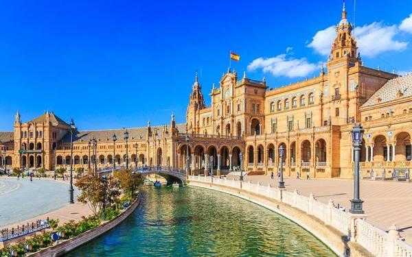کاخ اسپانیا | Plaza España