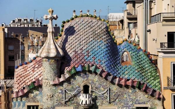 خانه استخوانی در بارسلونا