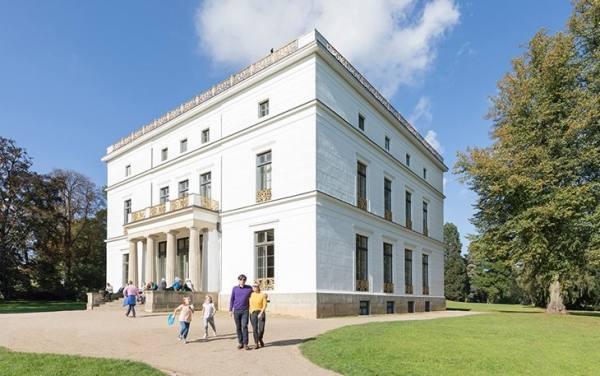 خانه ی تاریخی Jenisch Haus
