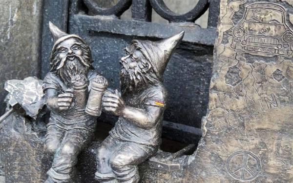 مجسمه های کوتوله های افسانه ای | Wroclaw Dwarves