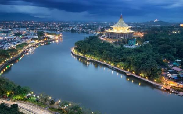 جاذبه های گردشگری شهر کوچینگ