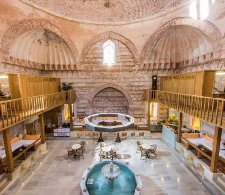 Travel Guide to Iran