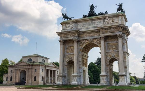 طاق صلح میلان | Arco della Pace