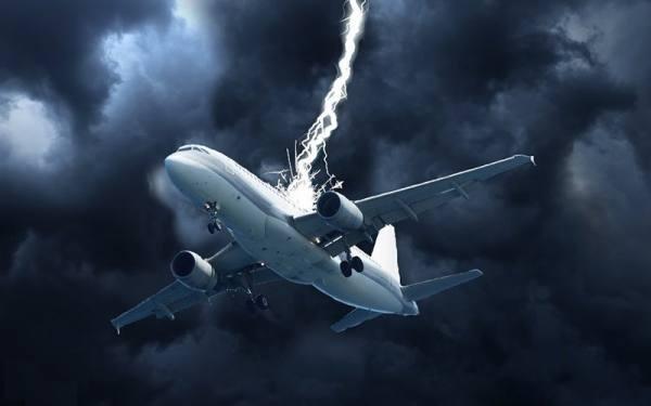 خطرات سفر هوایی