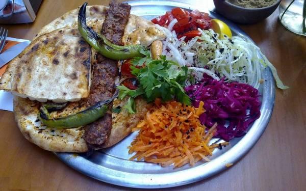 خورد و خوراک در شهر سنندج