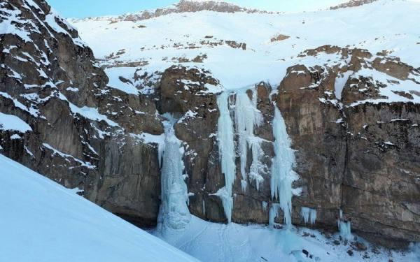آبشار خور استان البرز