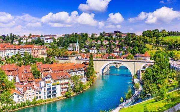 شهر گوآردا سوئیس | Guarda