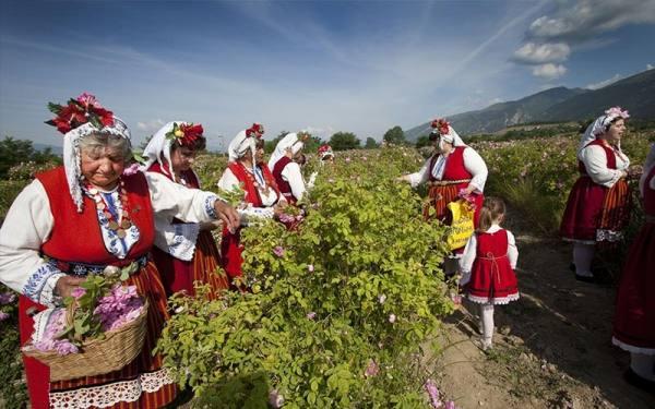 روز نامگذاری در بلغارستان